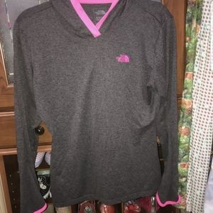 the north face grey and pink active hoodie shirt M